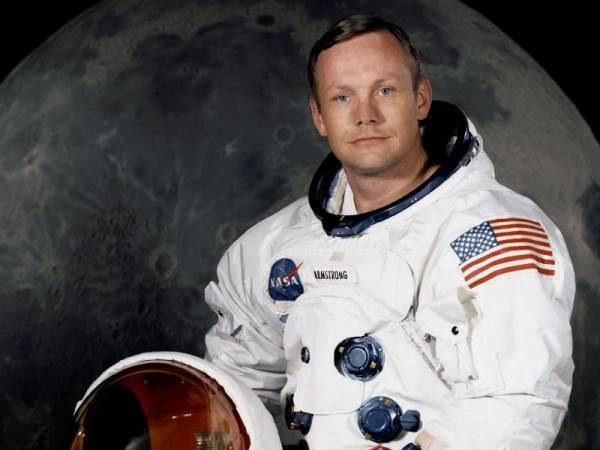 Death is the Next Giant Leap:  A Tribute to Neil Armstrong
