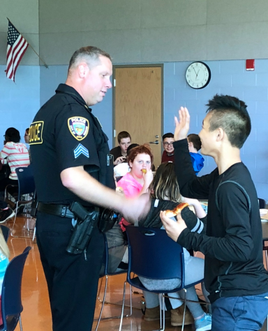 SRO Introduced at Hubbard High