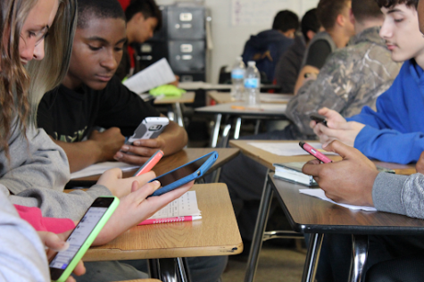 Cell Phones in School Are Here to Stay
